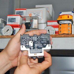 4963 big 300x300 - Переключатель защиты электродвигателя 1,6-2,5А PKZM 0-2,5