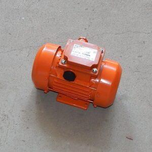 Вибратор площадочный ЭВ-320 (380В)