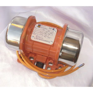 p1120779 1 300x300 - Вибратор бункера бетононасоса